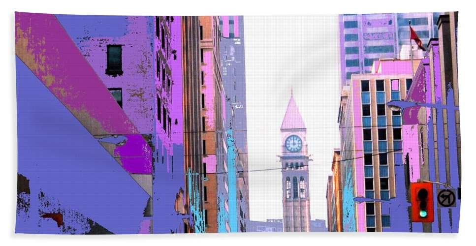 Bay Bath Towel featuring the photograph Toronto Old City Hall by Ian MacDonald