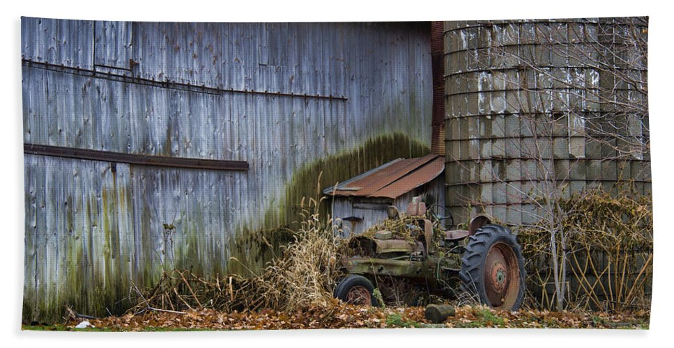 Tractor Hand Towel featuring the photograph Tractor And Barn On Cloudy Day by David Arment