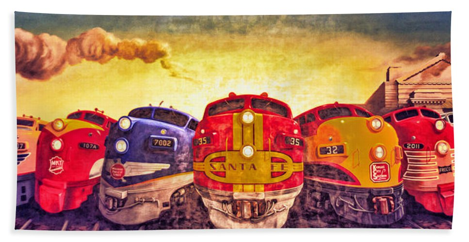 4 O'clock Bath Sheet featuring the photograph Train Art At Union Station by Sennie Pierson