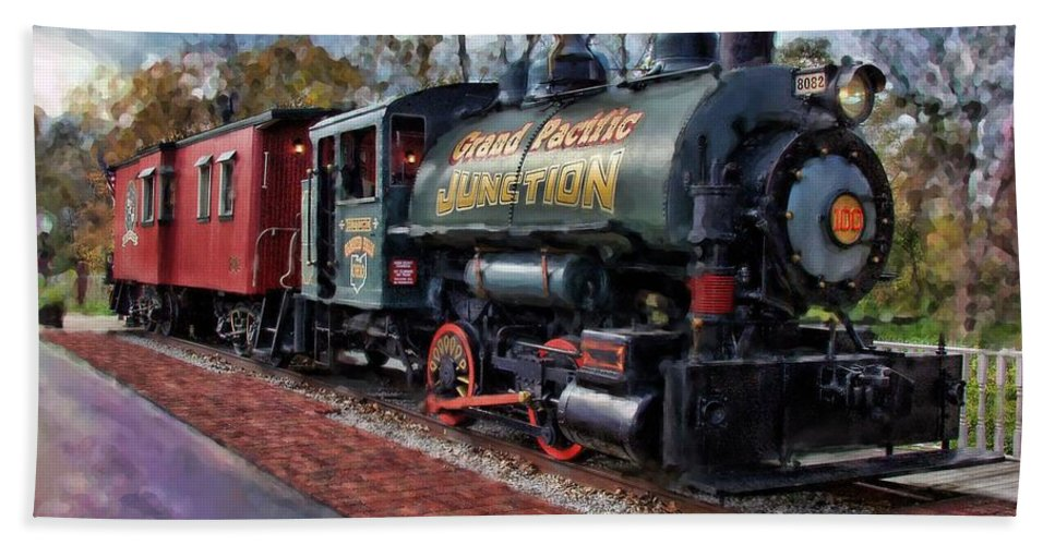 Photographer In North Ridgeville Hand Towel featuring the photograph Train At Olmsted Falls - 1 by Mark Madere
