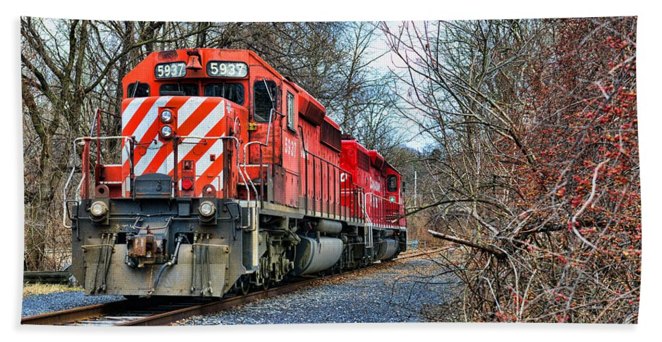 Paul Ward Hand Towel featuring the photograph Train - Canadian Pacific Engine 5937 by Paul Ward