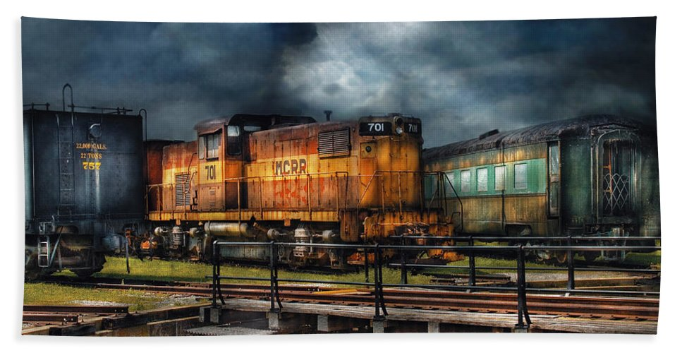 Savad Bath Sheet featuring the photograph Train - Let's Go For A Spin by Mike Savad