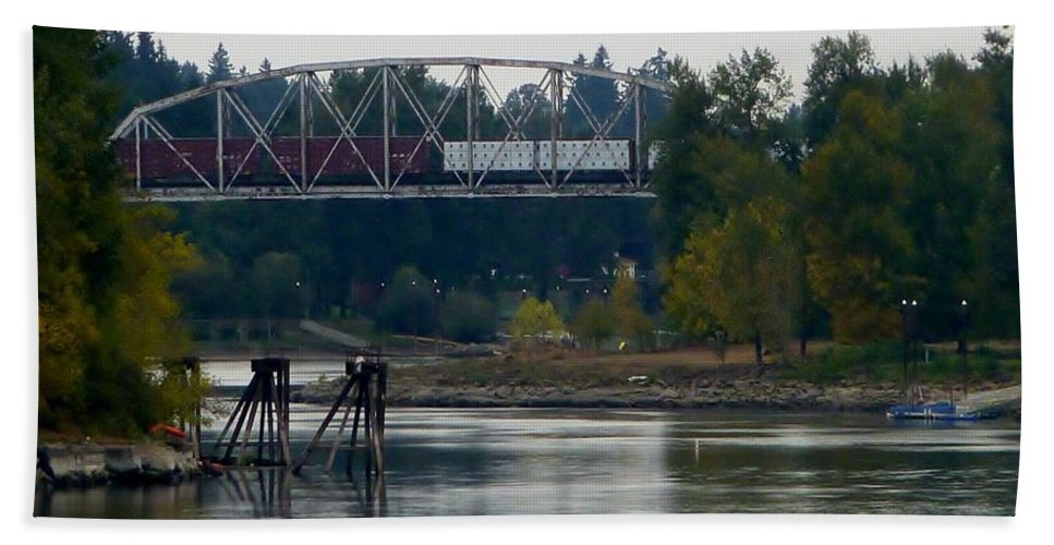 Photograph Of Train On Trestle Over River Bath Sheet featuring the photograph Train On Trestle Oregon by Susan Garren