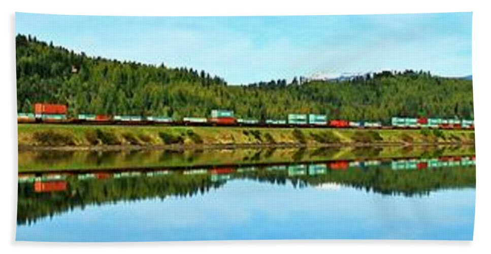 Idaho Hand Towel featuring the photograph Train Reflecting by Benjamin Yeager