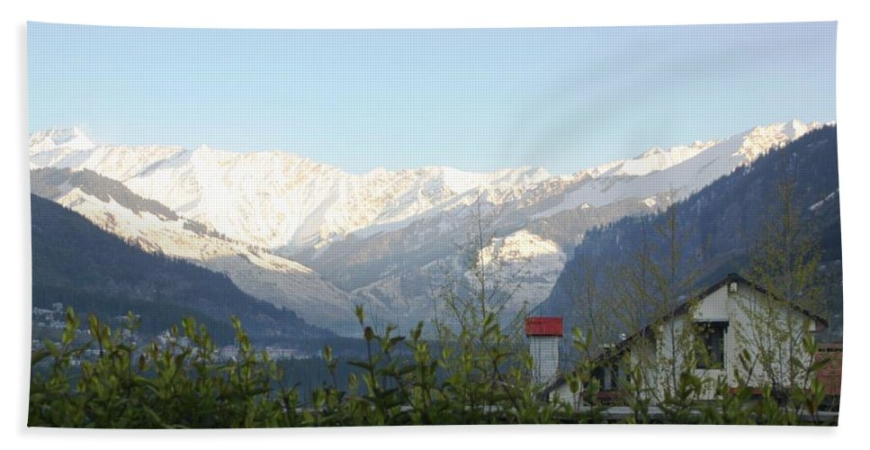 Mountain Hand Towel featuring the photograph Tranquil - At Its Best by Ramabhadran Thirupattur