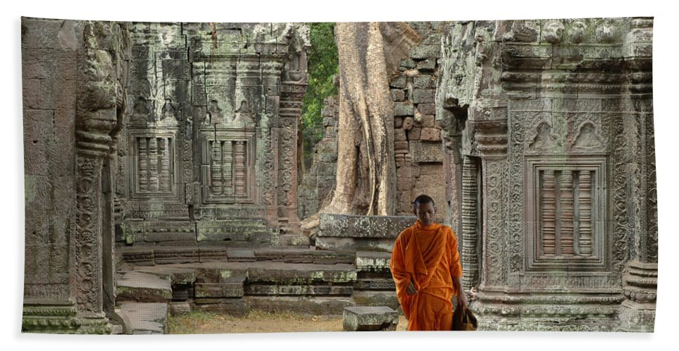 Travel Bath Sheet featuring the photograph Tranquility In Angkor Wat Cambodia by Bob Christopher