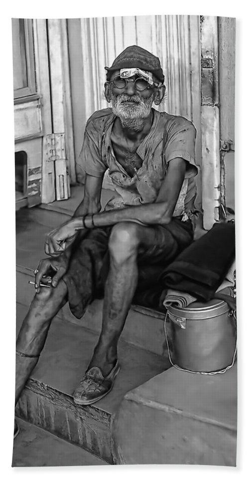 India Hand Towel featuring the photograph Travelin' Man Monochrome by Steve Harrington