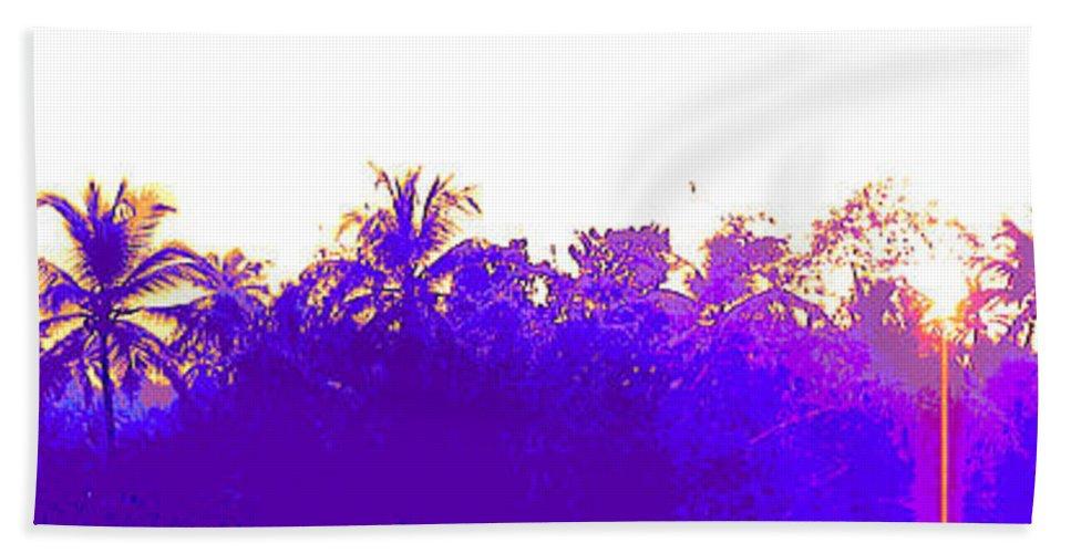 Landscape Bath Sheet featuring the photograph Tree Skyline by Usha Shantharam