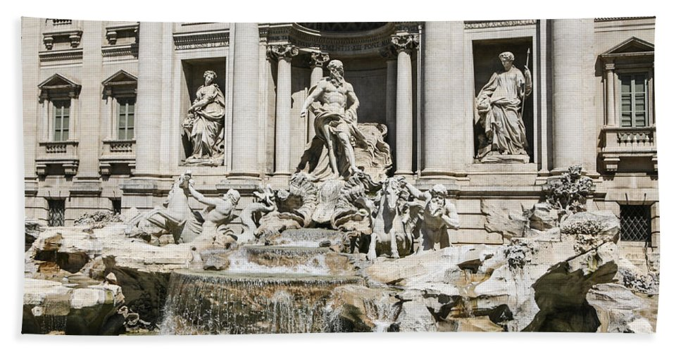 Italy 2014 Bath Sheet featuring the photograph Trevi Fountain by Eric Swan