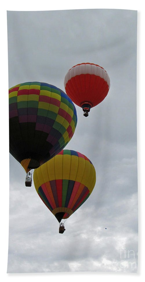 Hot Air Balloons Bath Sheet featuring the photograph Trio Of Balloons 2 by Jamie Smith