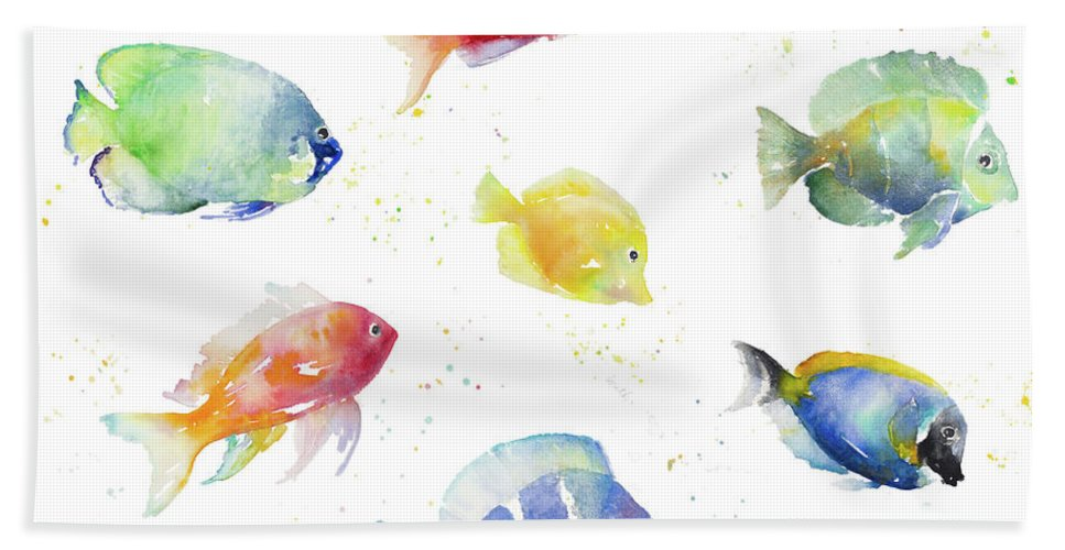 Tropical Bath Towel featuring the painting Tropical Fish Round by Lanie Loreth