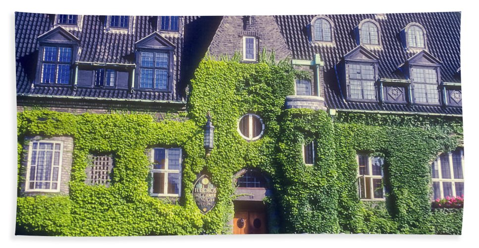 Tuborg Brewery Copenhagen Denmark Breweries Building Buildings Structure Structures Ivy Architecture Hand Towel featuring the photograph Tuborg Brewery by Bob Phillips