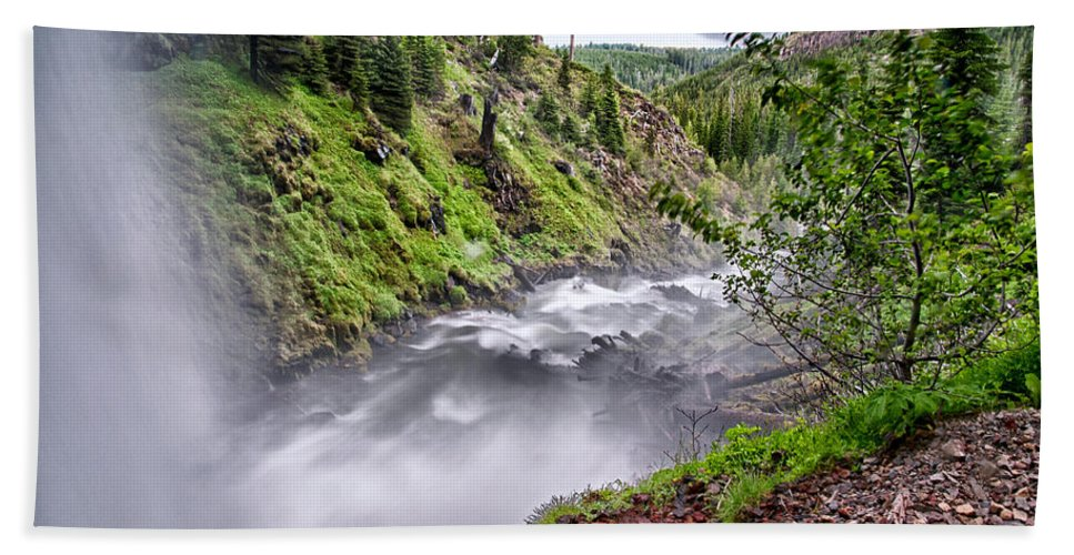 River Bath Sheet featuring the photograph Tumalo Creek by Cat Connor