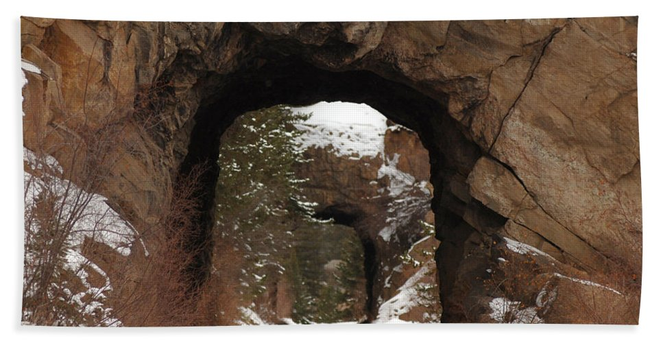 Eleven Mile Canyon Hand Towel featuring the photograph Tunnel Vision by Lee Roth