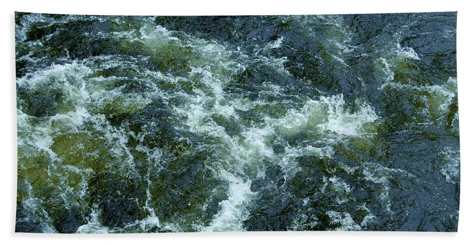 Loch Ness Hand Towel featuring the photograph Turbulance At Loch Ness by Joan-Violet Stretch