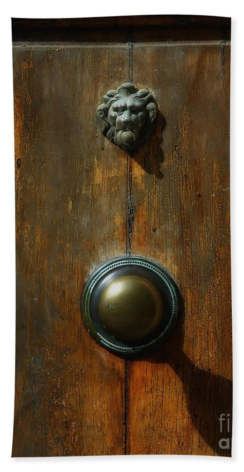 Tuscany Hand Towel featuring the photograph Tuscan Doorknob by Mike Nellums