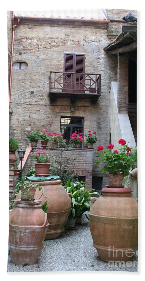Yard Hand Towel featuring the photograph Tuscany Yard by Christiane Schulze Art And Photography