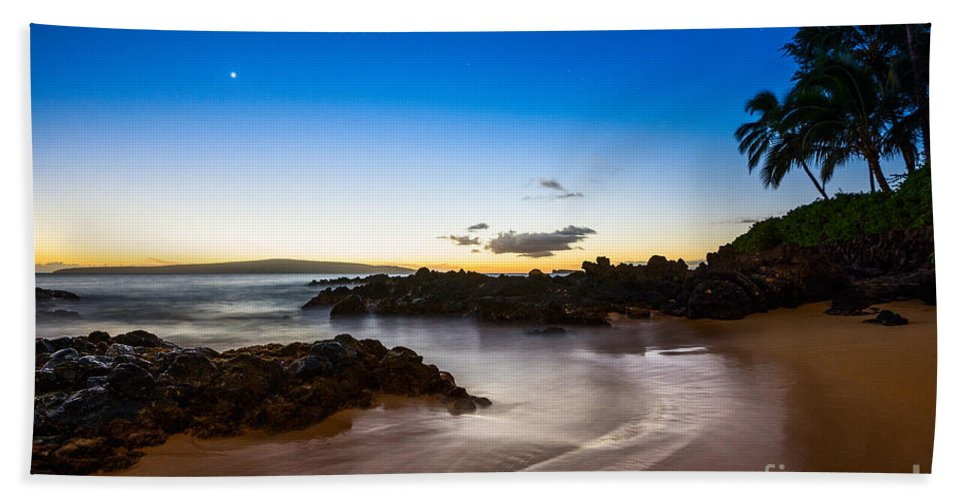 Secret Beach Hand Towel featuring the photograph Twilight Beach - Beautiful And Secluded Secret Beach In Maui. by Jamie Pham