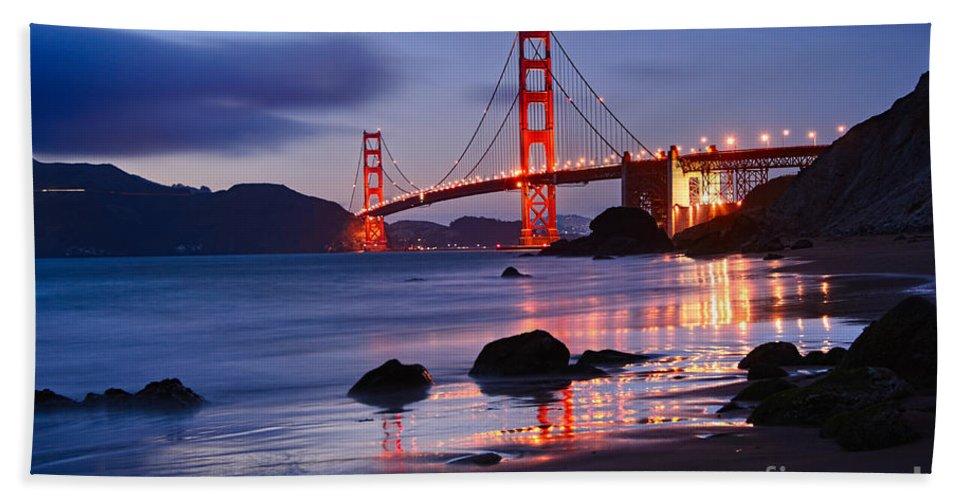 Golden Gate Bridge Bath Towel featuring the photograph Twilight - Beautiful sunset view of the Golden Gate bridge from Marshalls Beach. by Jamie Pham
