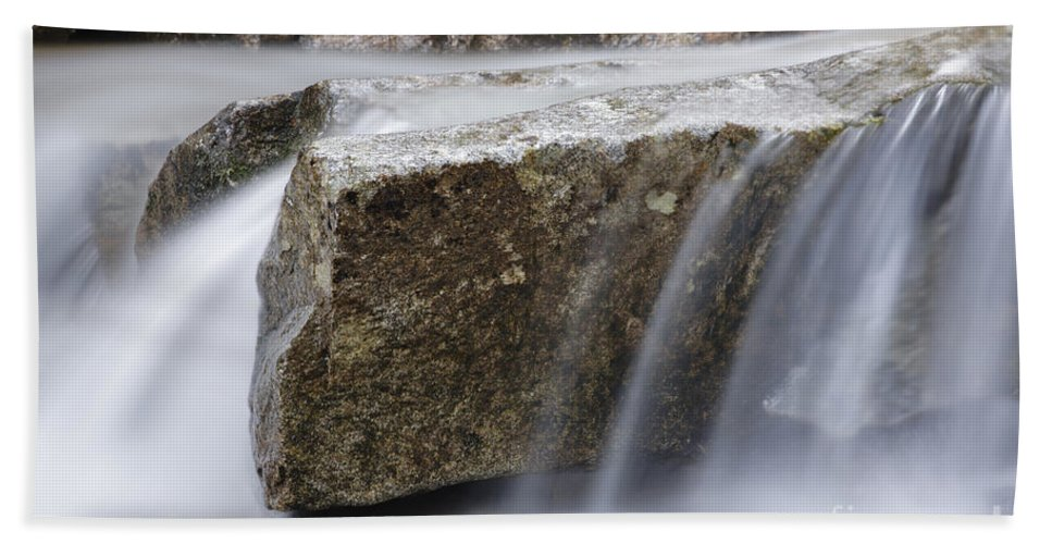 Abstract Bath Towel featuring the photograph Twin Brook - Albany New Hampshire Usa by Erin Paul Donovan
