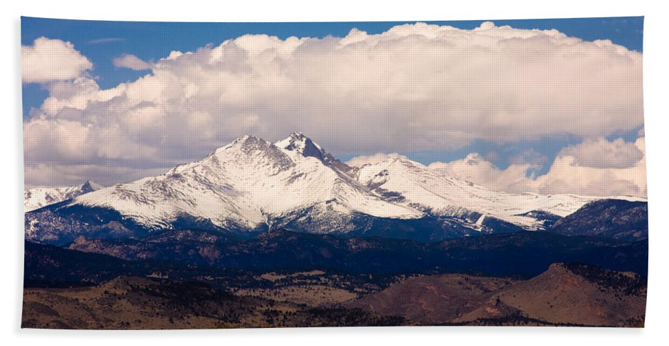Twin Peeks Hand Towel featuring the photograph Twin Peaks Snow Covered by James BO Insogna