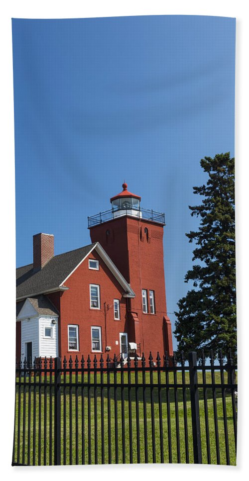 Two Harbors Bath Sheet featuring the photograph Two Harbors Mn Lighthouse 24 by John Brueske