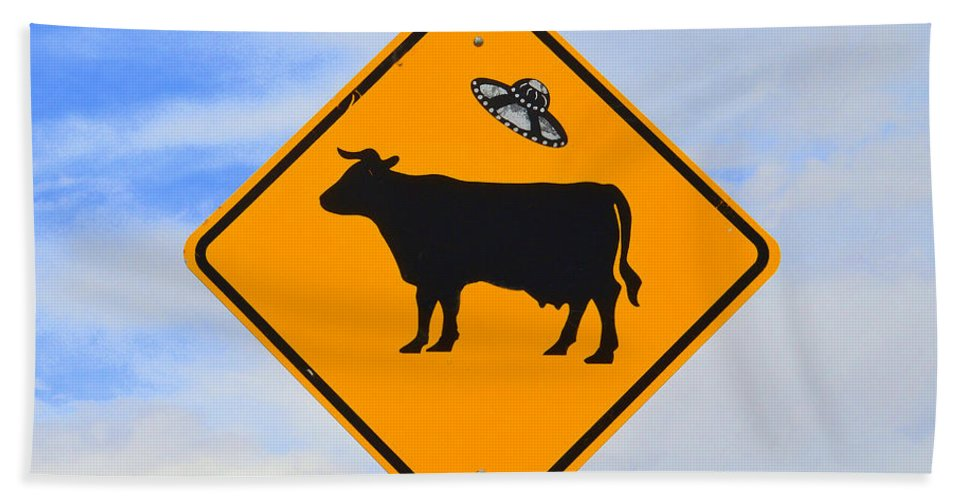 Ufo Hand Towel featuring the photograph Ufo Cattle Crossing Sign In New Mexico by Catherine Sherman