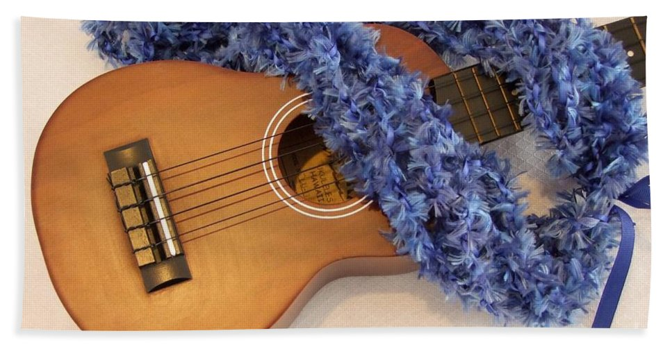 Hawaiian Lei Bath Sheet featuring the photograph Ukulele And Blue Ribbon Lei by Mary Deal