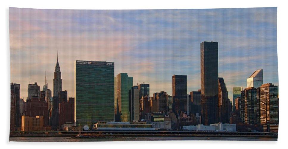 Un Bath Sheet featuring the photograph Un Sunset by S Paul Sahm