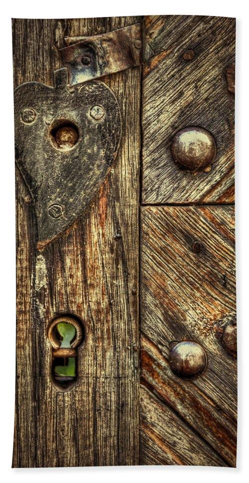 Wood Hand Towel featuring the photograph Unlock My Heart by Evelina Kremsdorf