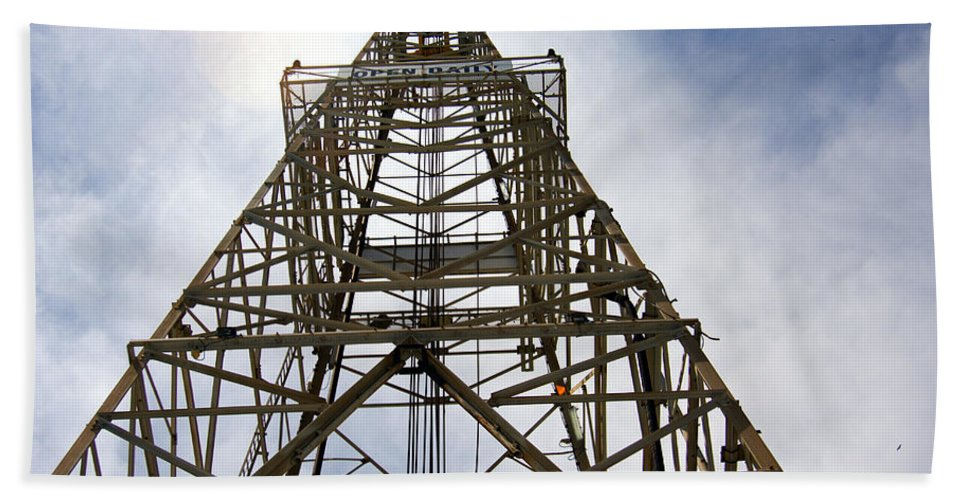 Oil Well Hand Towel featuring the photograph Up The Down Hole by Robert Brown