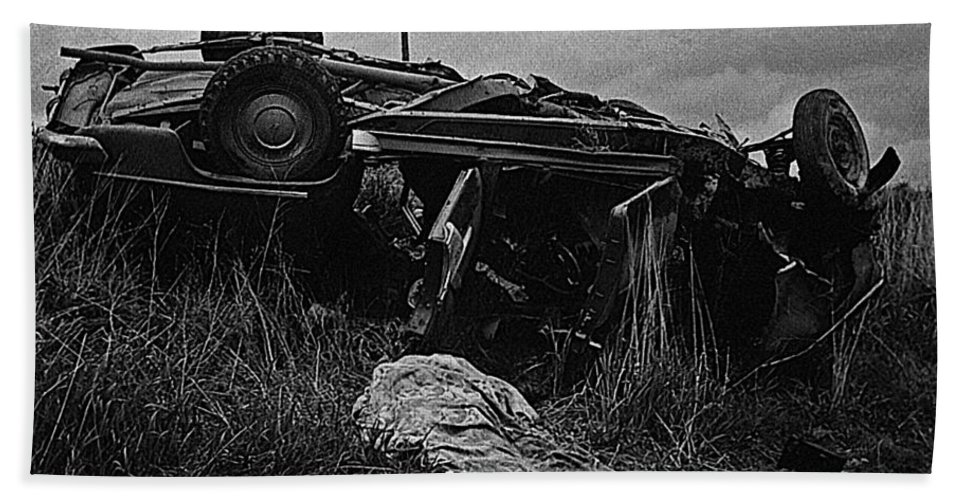 Upended Car Accident Dead Body Aberdeen South Dakota 1964 Black And White  Hand Towel
