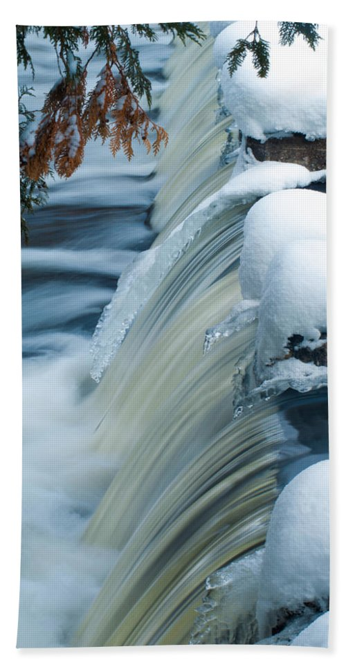 Optical Playground By Mp Ray Hand Towel featuring the photograph Upper Most Part Of Bond Falls by Optical Playground By MP Ray