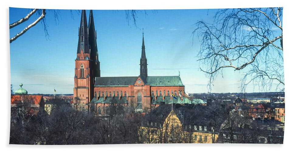 Cathedral Cathedrals Uppsala Sweden Church Churches City Cities Cityscape Cityscape Building Buildings Structure Structures Architecture Steeple Steeples Place Places Of Worship Hand Towel featuring the photograph Uppsala Cathedral by Bob Phillips