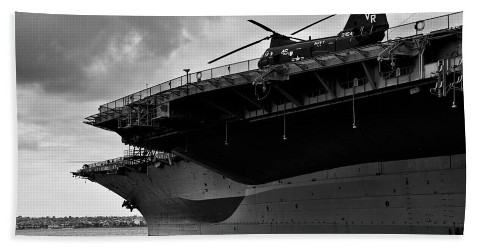 Uss Midway Bath Sheet featuring the photograph Uss Midway Helicopter by Alex Snay