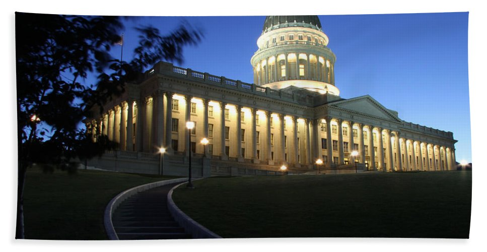 Utah Bath Sheet featuring the photograph Utah State Capitol Building by Nick Gray