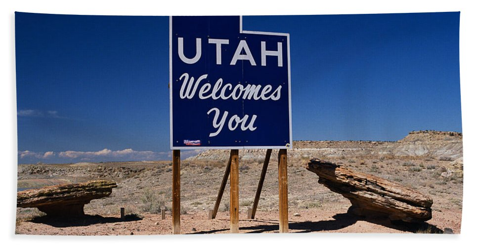 Photography Bath Sheet featuring the photograph Utah Welcomes You State Sign by Panoramic Images