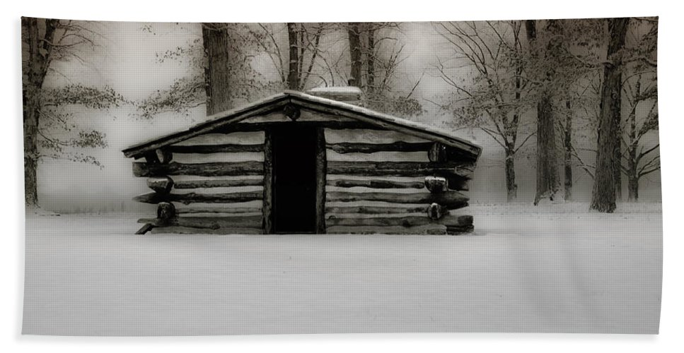 Valley Hand Towel featuring the photograph Valley Forge Cabin In Winter by Bill Cannon