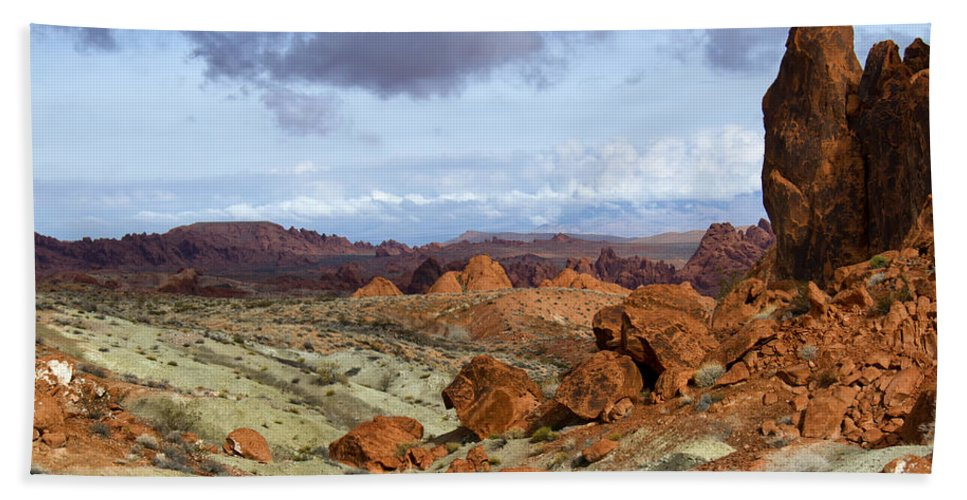 Valley Of Fire Hand Towel featuring the photograph Valley Of Fire State Park by Debby Richards