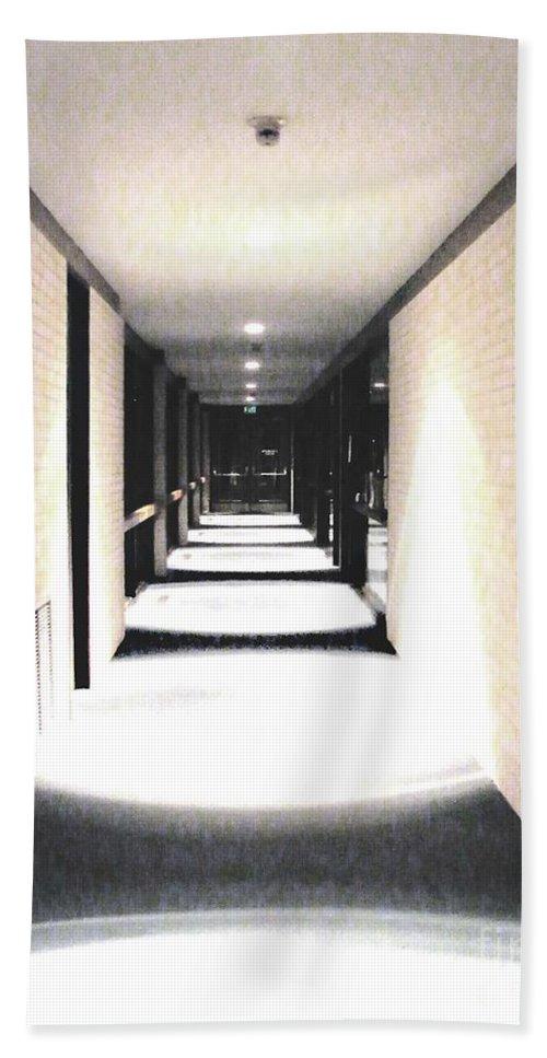 Perspective Hand Towel featuring the digital art Vanishing Point by Lizi Beard-Ward
