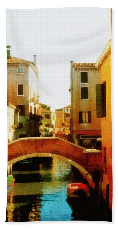 Venice Hand Towel featuring the photograph Venice Italy Canal With Boats And Laundry by Michelle Calkins