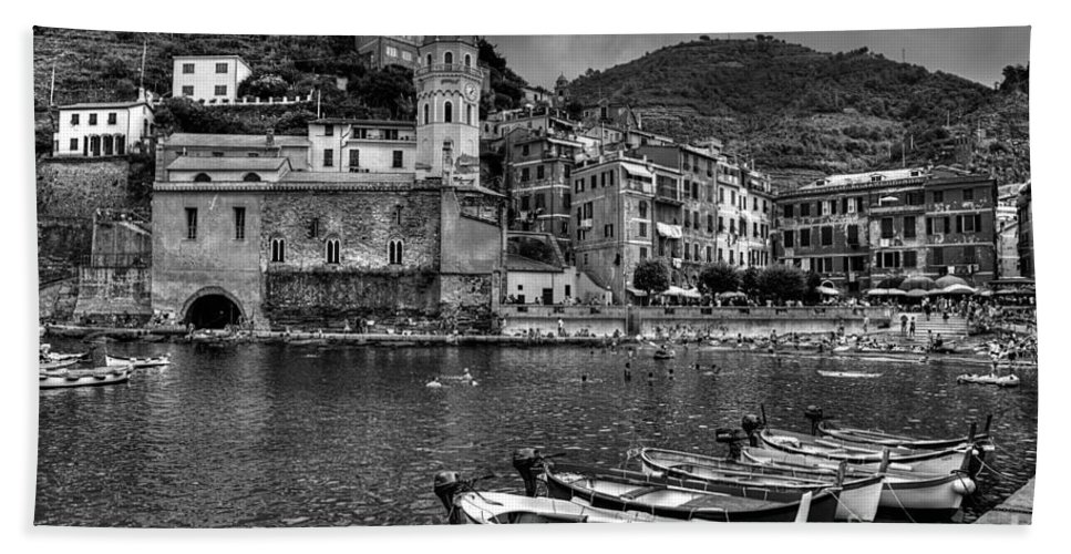 Vernazza Bath Sheet featuring the photograph Vernazza - Cinque Terre In Grey by James Anderson