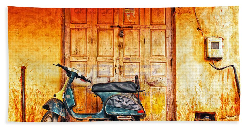 Old Hand Towel featuring the photograph Vespa by Prakash Ghai