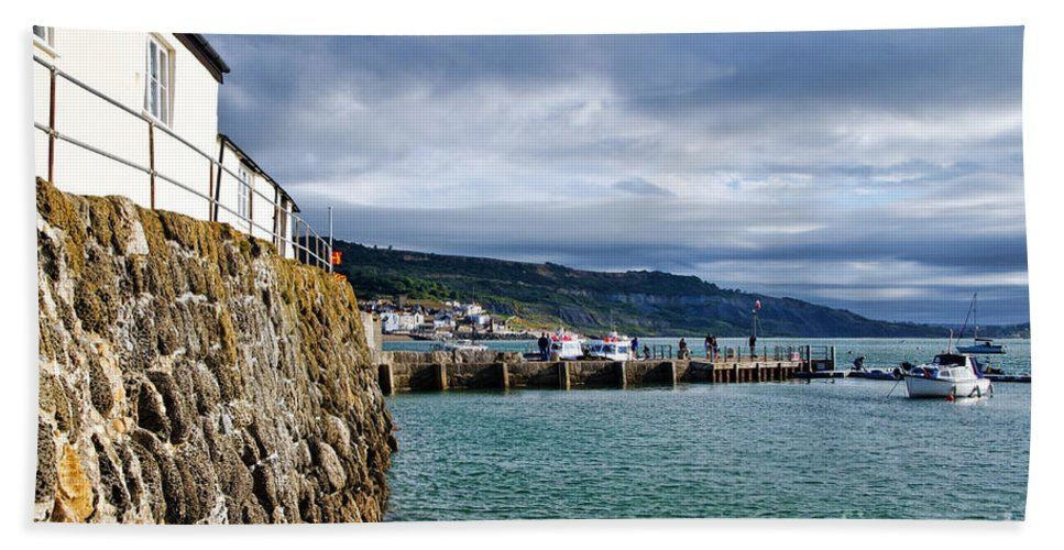 Lyme Regis Bath Sheet featuring the photograph View From Back Beach - Lyme Regis by Susie Peek
