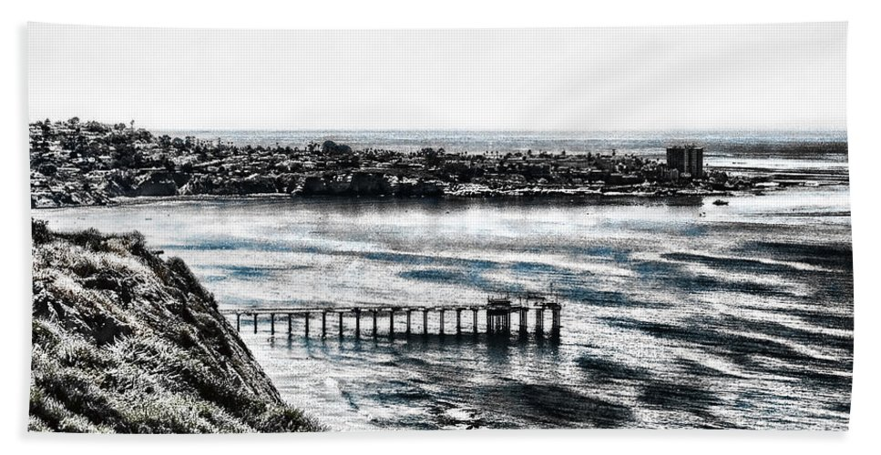 Beautiful View Of La Jolla Cliff Bath Sheet featuring the photograph View Of La Jolla From Torrey Pines Cliffs by Mariola Bitner
