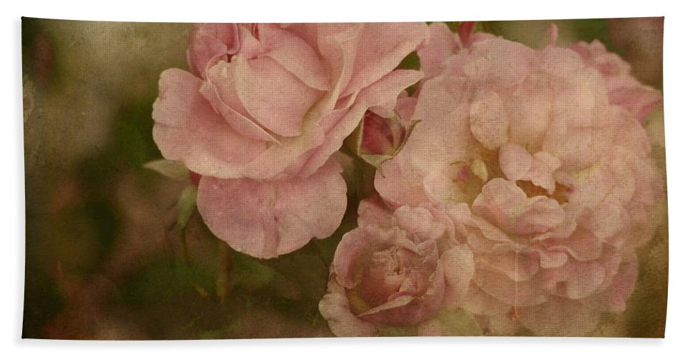 Rose Hand Towel featuring the photograph Vintage Beauties by Lucinda Walter