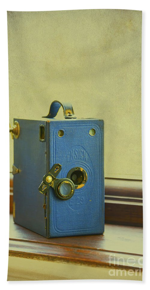 Aged Hand Towel featuring the photograph Vintage Camera by Svetlana Sewell