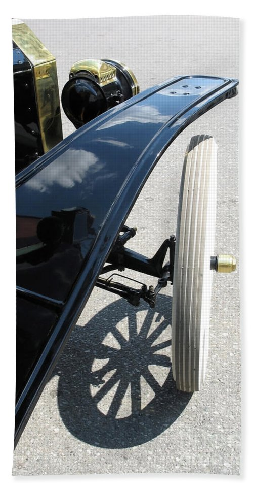 Model T Bath Towel featuring the photograph Vintage Model T by Ann Horn