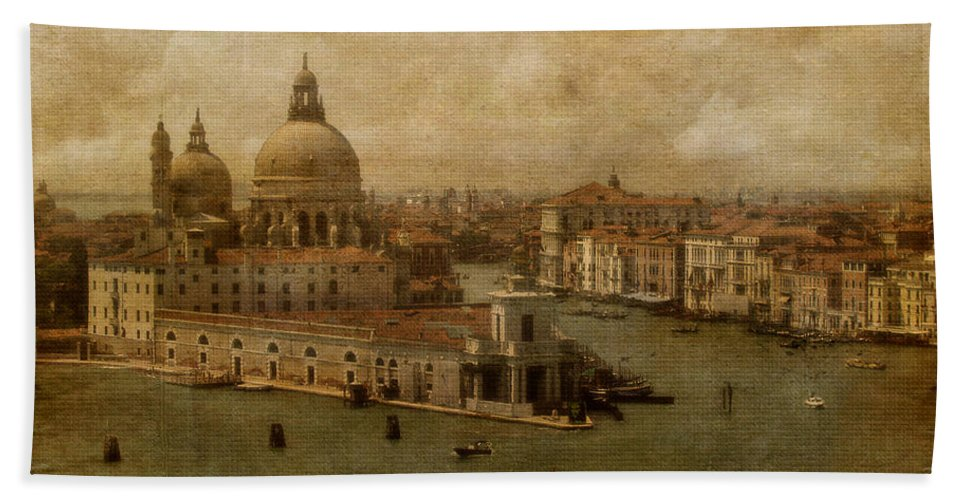 Venice Hand Towel featuring the photograph Vintage Venice by Lois Bryan