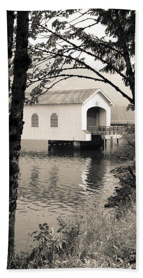 Lowell Covered Bridge Hand Towel featuring the photograph Vintaged Covered Bridge by Athena Mckinzie